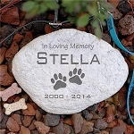 Personalized Pet Garden Stone In Loving Memory Pawprints Choice of Round or Heart