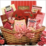Valentines Day Gift Basket Sweet Love Chocolate & Sweets